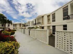 Apto Loft Super Moderno 2/2 em Aventura - Miami $309,000