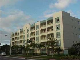 Apto 2/2 Miami Beach com Garagem $439,000
