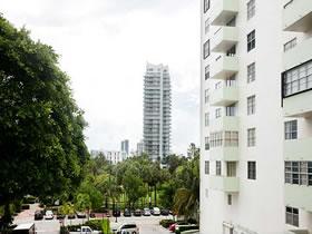 Apartamento Venetian Causeway - Miami Beach $249,000