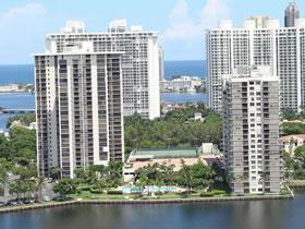 Cobertura em um Bom Prédio em Aventura - Miami $244,900