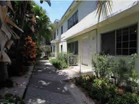 Apartamento com 2 quartos mobiliado em South Beach - Miami Beach $394,900