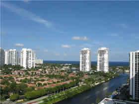 Apartamento de 2 quartos muito chique em Aventura Miami $279,900