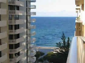 Apartamento em frente a praia - Millionaires Row - Collins Ave- Miami Beach $310,000