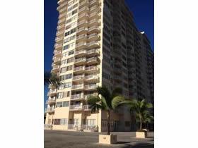 Apartamento de 2 quartos com 2 varandas em Aventura - Miami $305,000