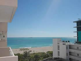 Apartamento em frente a praia no Ocean Drive - South Beach $449,000