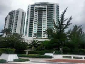Lindo apartamento de 2 quartos em Turnberry Isle - Aventura - Miami $449,000