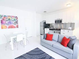 Apartamento todo reformado em South Beach - Miami Beach $290,000