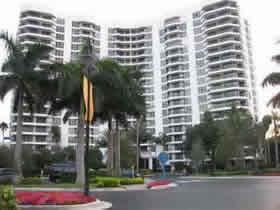 Apartamento de 2 quartos com vista para o mar em Aventura - Miami $420,000