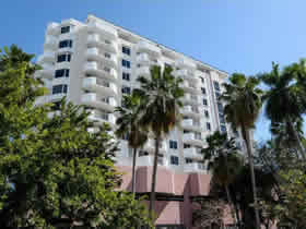 Apartamento de 2 quartos ao lado do Lincoln Road - South Beach - Miami Beach $449,000