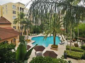 Apartamento chique de 2 quartos com varanda em Aventura - Miami $369,000
