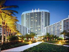 Apartamento de 2 quartos todo reformado em Miami Beach $449,000