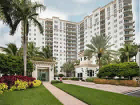 Apartamento de 3 quartos De Luxo em Aventura - Miami $667,000