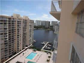 Apartamento de 2 quartos em Aventura - Miami $250,000