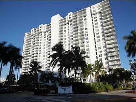 Apto de 2 quartos com Vista Linda em Aventura - Miami $229,900