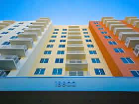 Apartamento Bonito de 2 quartos em Aventura - Miami $380,000