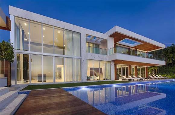 Casa de 5 quartos com piscina particular para f rias em for Casa moderna orlando