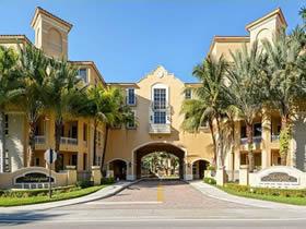Apartamento com 2 quartos em Predio Moderno em Aventura - Miami $412,000