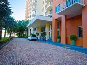 Apartamento Mobiliado em Aventura - Miami - 2 dormitorios - $365,000