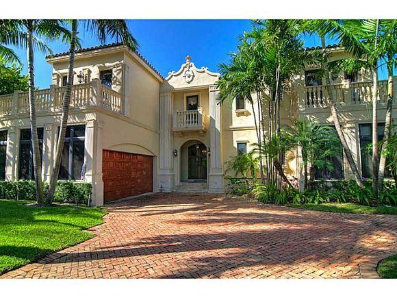 Casarão em Bal Harbour - Miami Beach - $4,950,000