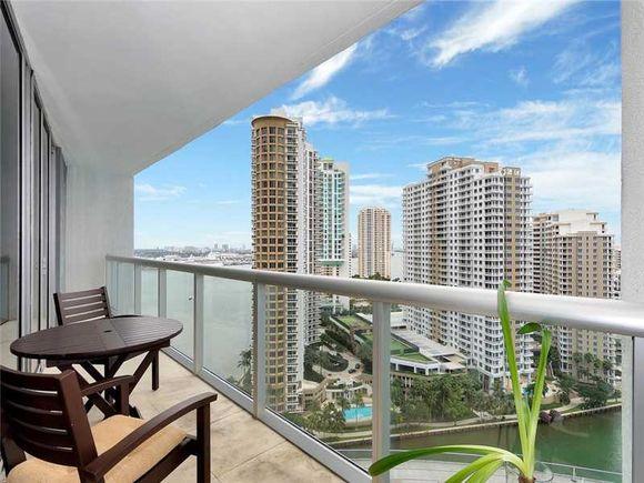 Apartamento de Luxo no predio Icon Brickell no Ave. Brickell - Downtown Miami - $750.000