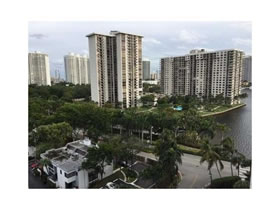 Apartamento com visto do mar em Aventura - Miami-$259,000